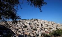 القدس: إصابة رضيعة بالاختناق خلال تفتيش الاحتلال للمنازل