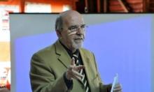د. الياس عطا الله يؤكد استمرار الأخطاء اللغوية بالكتب التدريسية