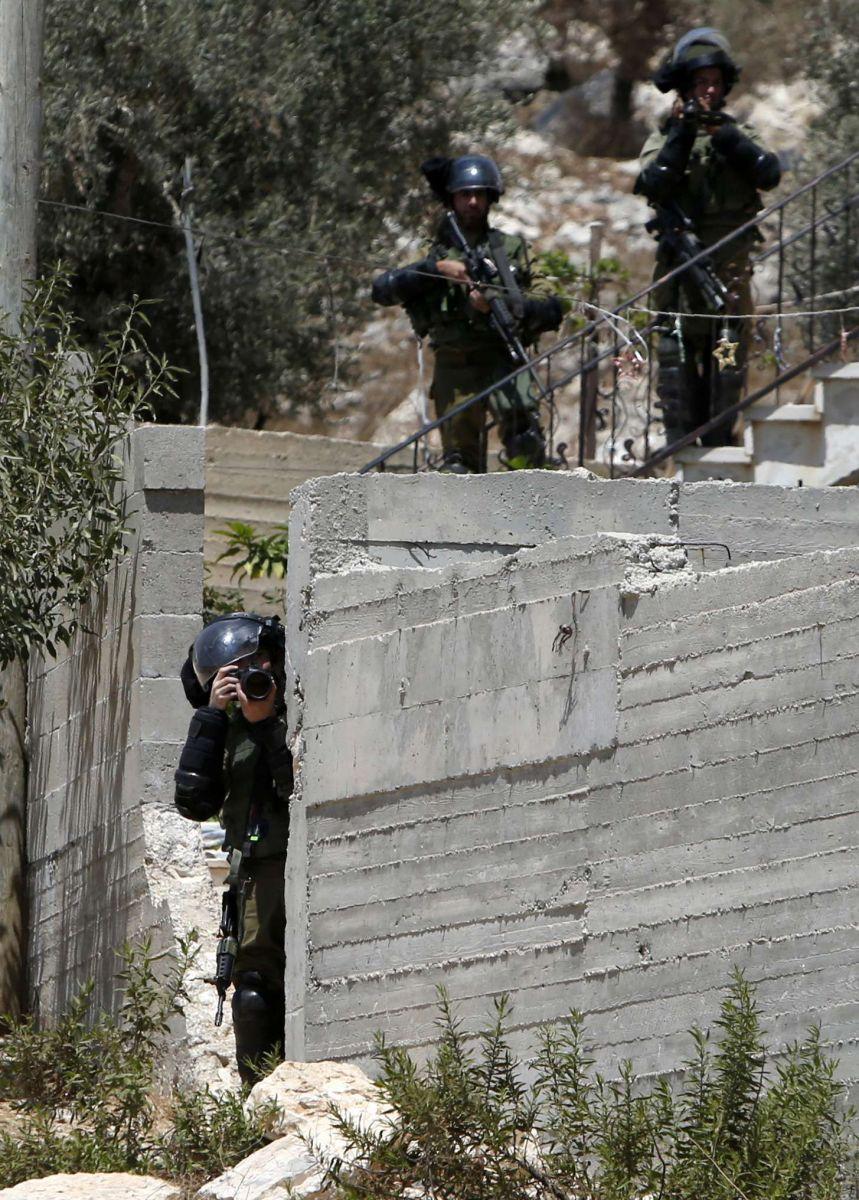 جنود الاحتلال في نابلس (أ.ف.ب)