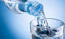 المياه المعدنية تزيد من هرمونات الأنوثة عند الرجال!