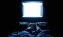 دراسة: الضوء الليلي يزيدك وزنا ويضعف عظامك