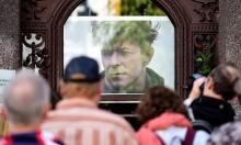 برلين تكرم النجم الراحل ديفيد بوي بلوحة تذكارية