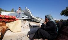 خربة أم الخير: الاحتلال يهدم ثلاثة بيوت وينفذ اعتقالا