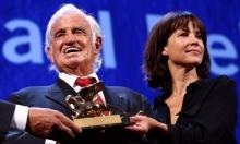 جائزة الأسد الذهبي بمهرجان البندقية للفرنسي بلموندو