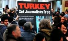 تركيا: احتجاز صحفي بارز للتحقيق معه بتصريحات تتعلق بالانقلاب