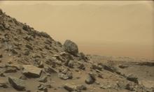 """""""فضول مرّيخي هائم"""": ناسا تنجح بالتقاط مرئيات ملونة!"""