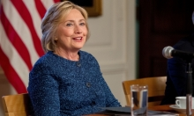 """كلينتون """"بصحة جيدة ومؤهلة لتولي الرئاسة"""""""