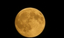 مساء اليوم: سماء فلسطين تشهد خسوفا للقمر