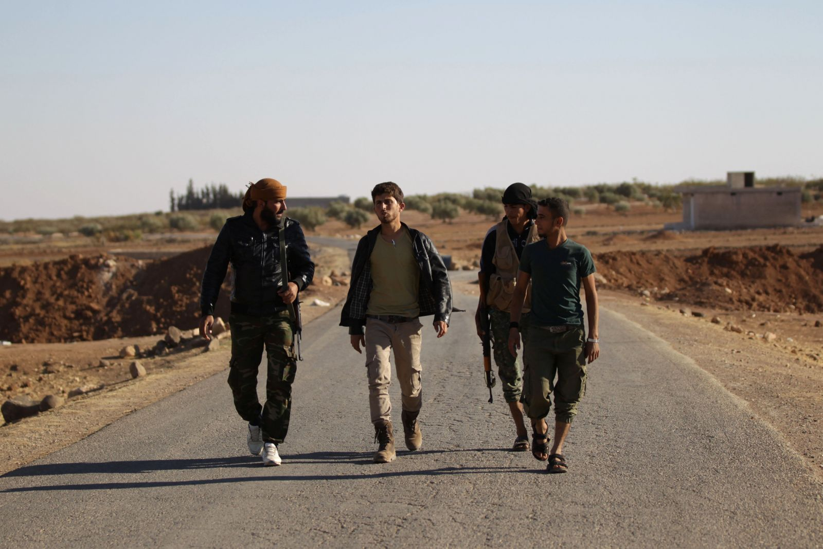 مقاتلو 'لواء السلطان مراد'، شمالي سورية (رويترز)