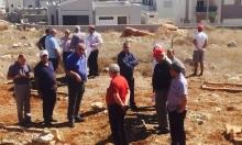 اللجنة الشعبية للدفاع عن رمية تدعو لترميم مقبرة القرية