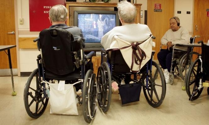 للإقامة في دور رعاية المسنين تكاليف باهظة