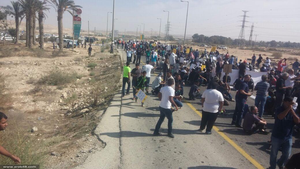 آلاف يتظاهرون احتجاجا على هدم المنازل العربية بالنقب