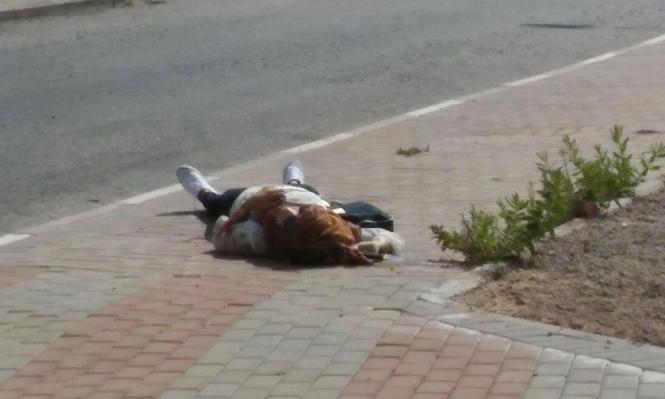 فيديو: إعدام الفتاة رحيق بيراوي بنيران الاحتلال وهي ملقاة أرضا