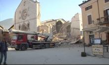 زلزال إيطاليا يخلف جرحى وانهيار مبان أثرية