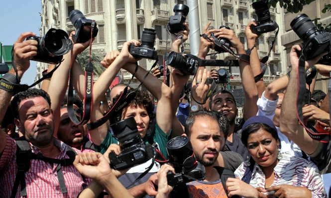 أن تكون صحافيًا مصريًا... اقمع نفسك قبل أن يقمعوك