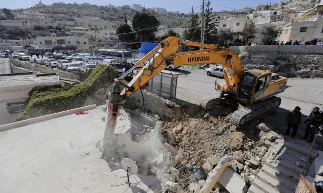 الاحتلال يهدم بنايتين بالقدس