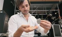سويسرا: علماء يجربون علاجا ناجحا للشلل