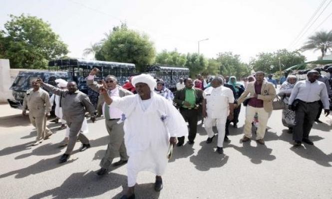 العصيان المدني في السودان بيومه الأول