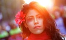 قناة مغربية تعلم النساء المعنفات إخفاء علامات الضرب بالمكياج!