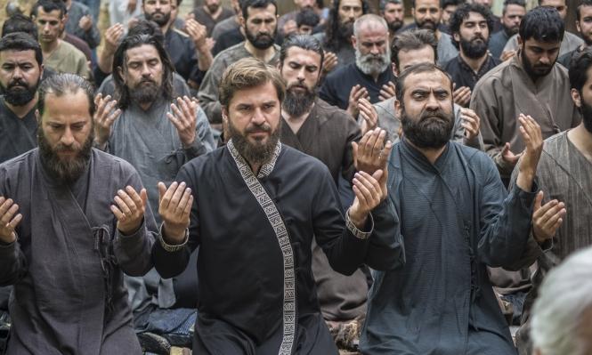 من مشاهدة الدراما التركية لترجمتها في 18 شهرا