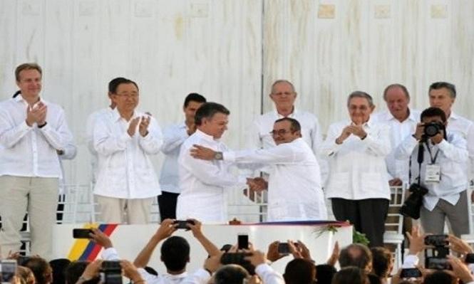 """الشيوخ الكولومبي و""""فارك"""" يتوصلان للسلام برصاص الحرب"""