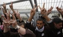 أسرى من الضفة وغزة والقدس يدخلون أعواما جديدة بالسجون