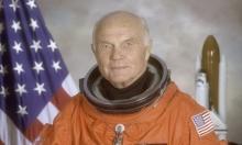وفاة أول رائد فضاء أميركي يدور حول الأرض