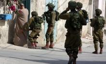 الاحتلال يعتقل فلسطينيين اثنين بالضفة الغربية