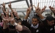 6 أسرى يدخلون أعواما جديدة داخل سجون الاحتلال