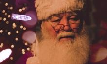 """فصل قائد أوركسترا إيطالي من عمله بسبب """"بابا نويل"""""""