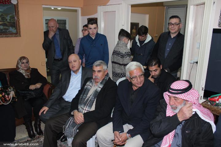 وفد من القدس المحتلة يزور النائب غطاس