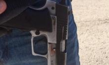 بئر السبع: اعتقال شاب عربي إثر خطف سلاح من حارس
