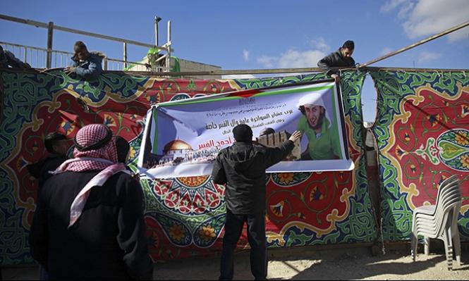 الاحتلال يصدر قرارات إلغاء إقامة ولمّ شمل لعائلة القنبر