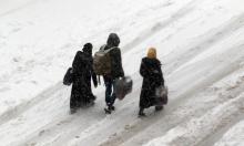 الشتاء يزيد الطين بلة بمخيمات إدلب