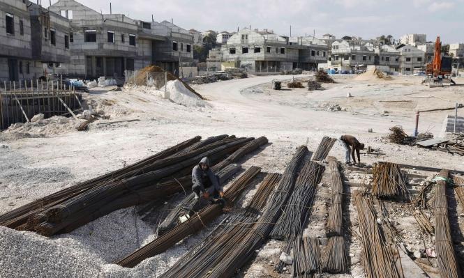 نتنياهو وليبرمان يصادقان على بناء 2500 مسكن بمستوطنات الضفة