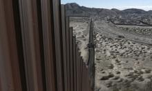 ترامب يوقع مراسيم لبناء جدار مع المكسيك وتقييد الهجرة