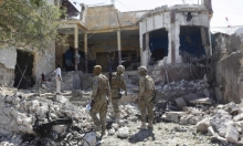 مقتل 12 في تفجير مزدوج استهدف فندقا بمقديشو