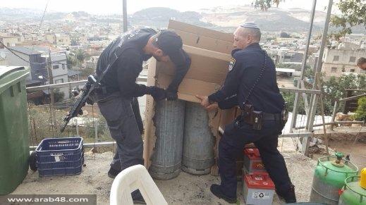 مجد الكروم: مصادرة 51 أسطوانة غاز واعتقال شخصين