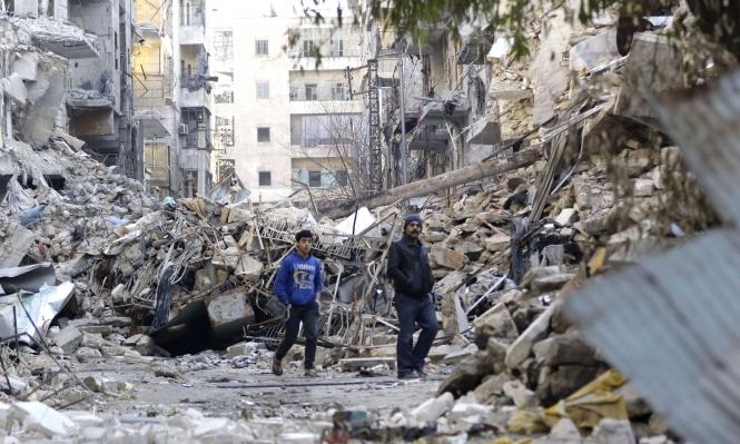"""المرصد: هجوم ل""""داعش"""" يقطع خط إمداد في حلب"""