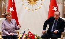 ميركل تحذر تركيا من التجسس على أتباع جولن بألمانيا