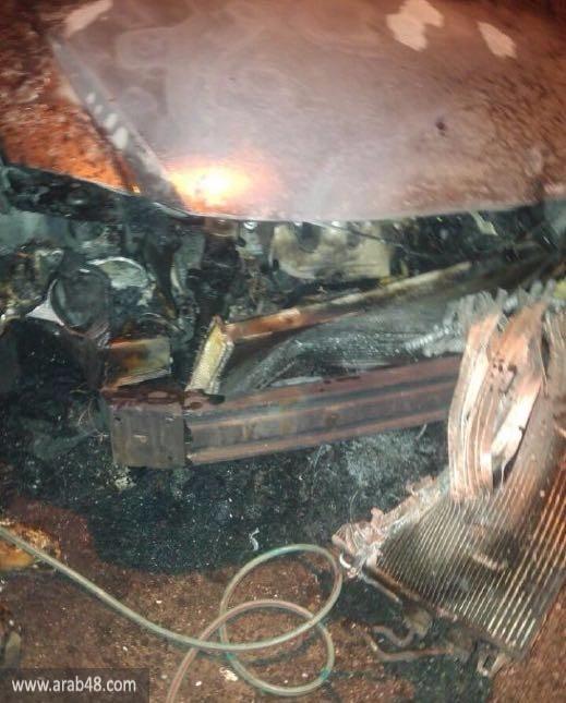 جت: إحراق سيارتين وإلقاء قنبلة على منزل