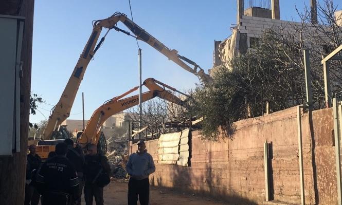 قوات الاحتلال تهدم منزلًا ببيت حنينا