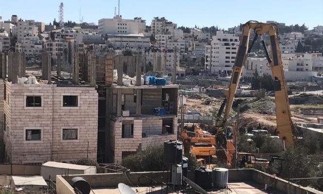 الاحتلال يهدم منزلا بالقدس ويعتقل 9 بالضفة