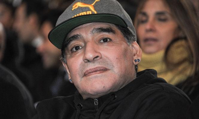 """مارادونا يحقق حلم حياته مع """"فيفا"""""""
