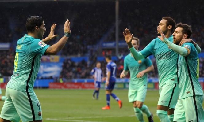 برشلونة يلقن ألافيس بسداسية قبل نهائي كأس الملك