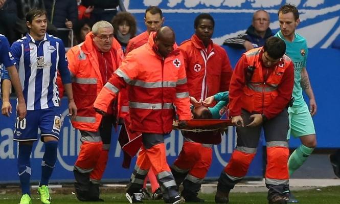 مدرب برشلونة يتحدث عن إصابة لاعبه فيدال