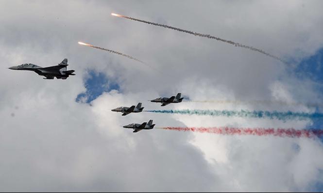 طائرات حربية روسية تقترب من مدمرة أميركية