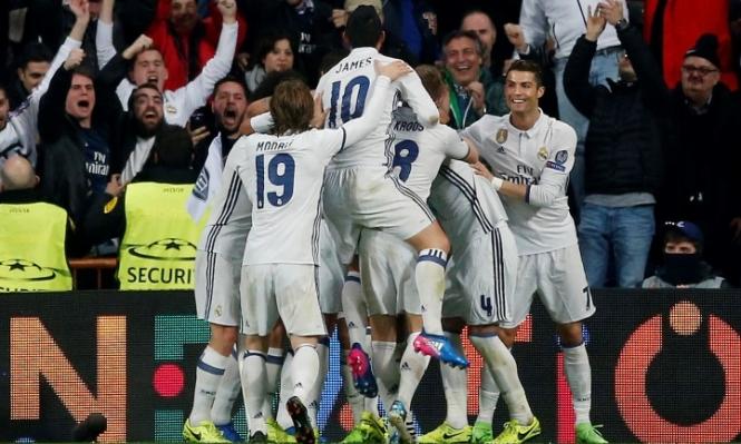ريال مدريد يفوز على نابولي بثلاثية لهدف