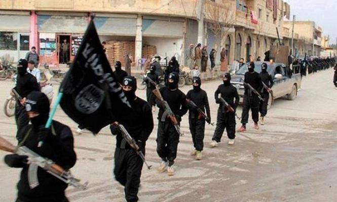 البنتاغون: قيادات داعش تغادر الرقة