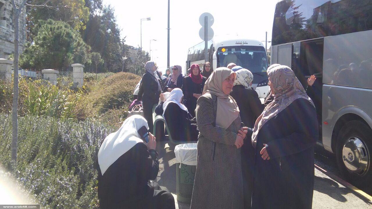 الاحتلال يعتقل الشيخ بكيرات وسيدتين بالقدس